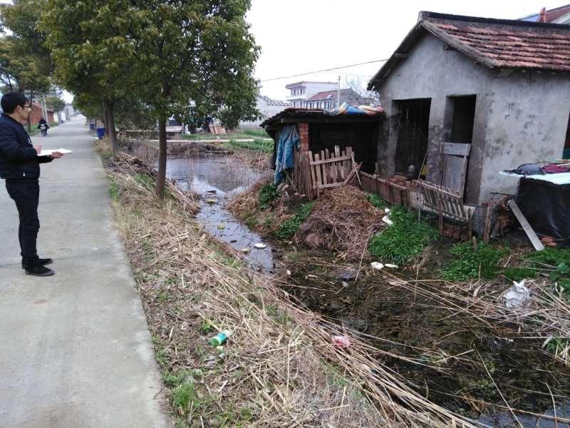 东海镇大丰镇村清理生产垃圾志愿者活动